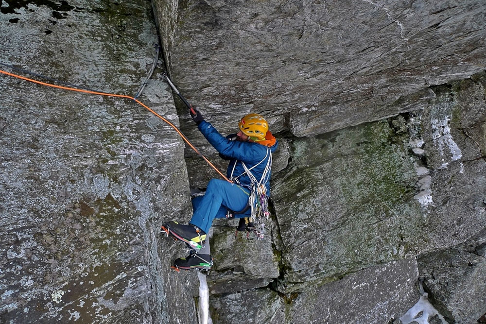 Nearly at the belay on pitch 3. OK, so its the States, no need to say its looking black! Credit, Kevin Mahoney.