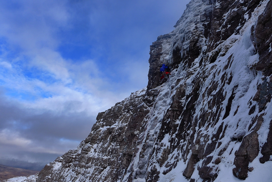 Andy Ingles on the fourth pitch of The Wrecking Light. Credit, Nick Bullock.