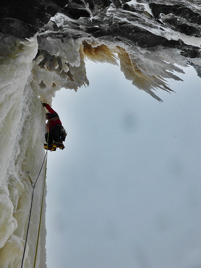 Guy leading pitch 2.