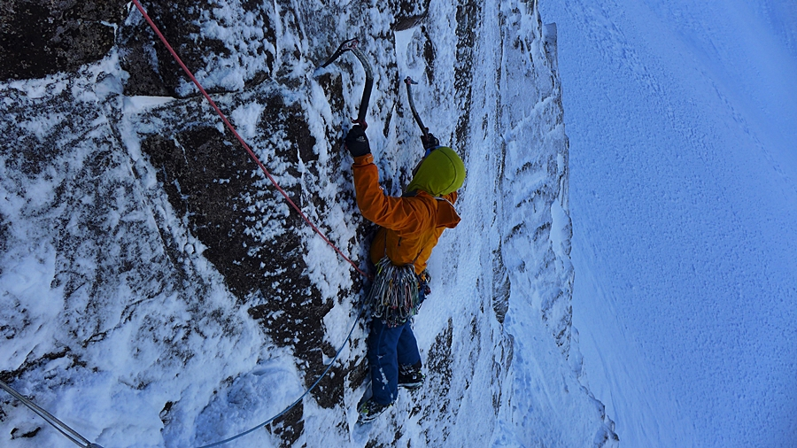 After inadvertently attempting a new, not direct, more coming in from the side, but much harder start, I found the correct line! pic credit, Tim Neill.