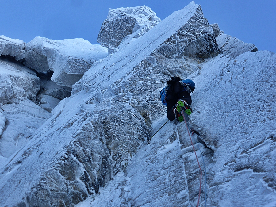 """Pete Whittaker on his first technical lead of winter. """"USE YOUR AXES PETE!"""""""