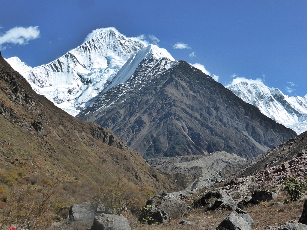 Great Escape Nick Bullock Mountaineering Alpine Climbing Rock Uk Wiring Colours Old Minya Konka Or Mount Gongga 7556m Sichuan China
